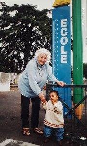 Jusqu'à Thouars en Deux-Sèvres, pour sa 1ère arrière-petite-enfant, Mélissa du 6 avril 2001
